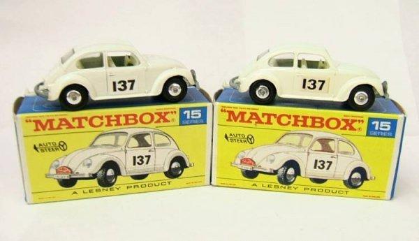 17: 15d Volkswagen 1500 Saloon x 2