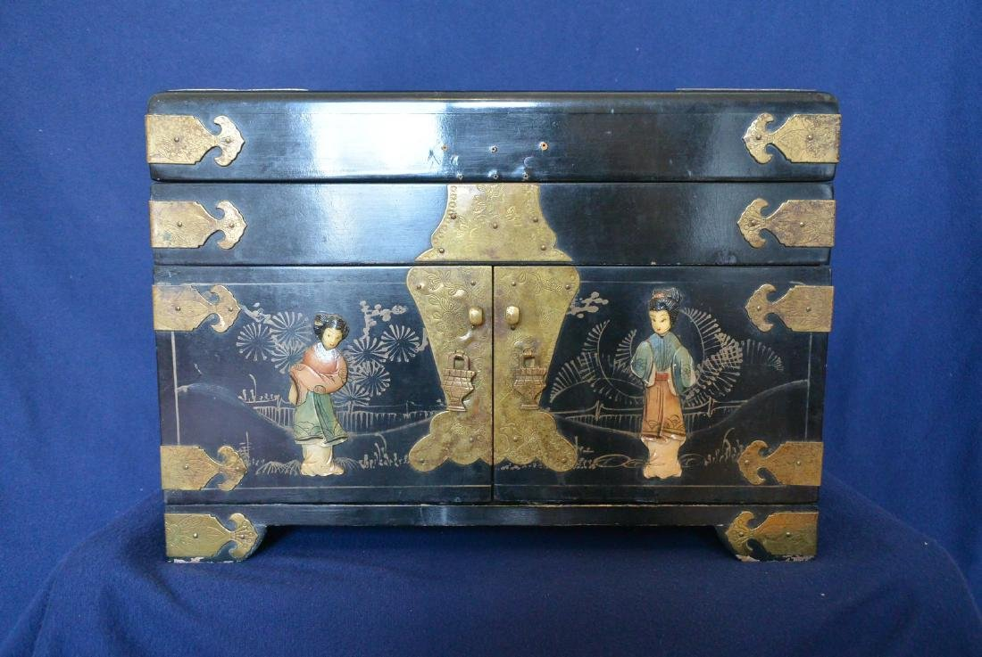 Black lacquer jade carvings Decorative jewelry box