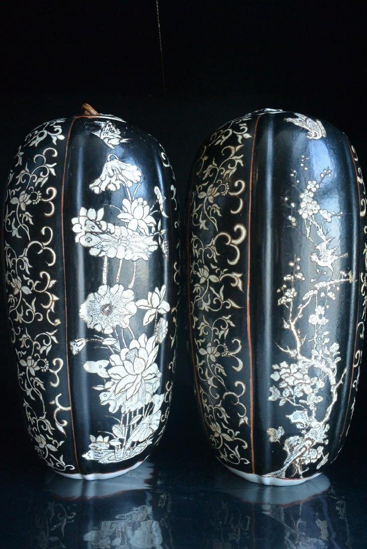 PAIR OF FINELY CHINESE PORCELAIN JARS WITH LID. H:37.2