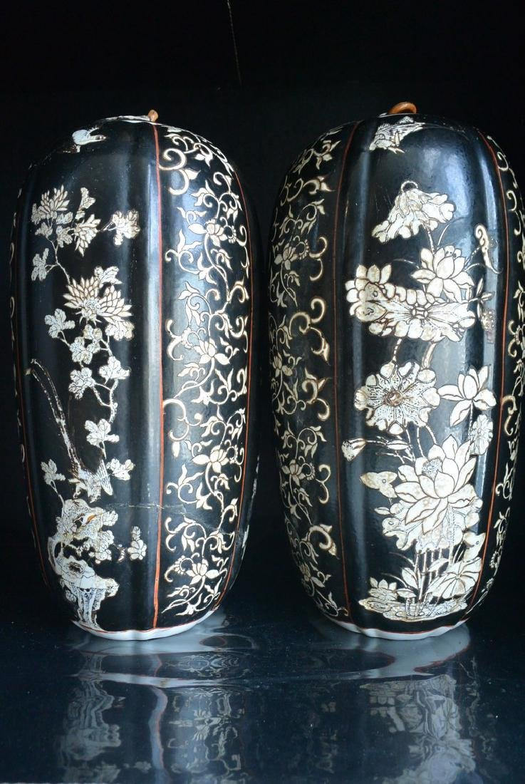 PAIR OF FINELY CHINESE PORCELAIN JARS WITH LID. H:37.2 - 6