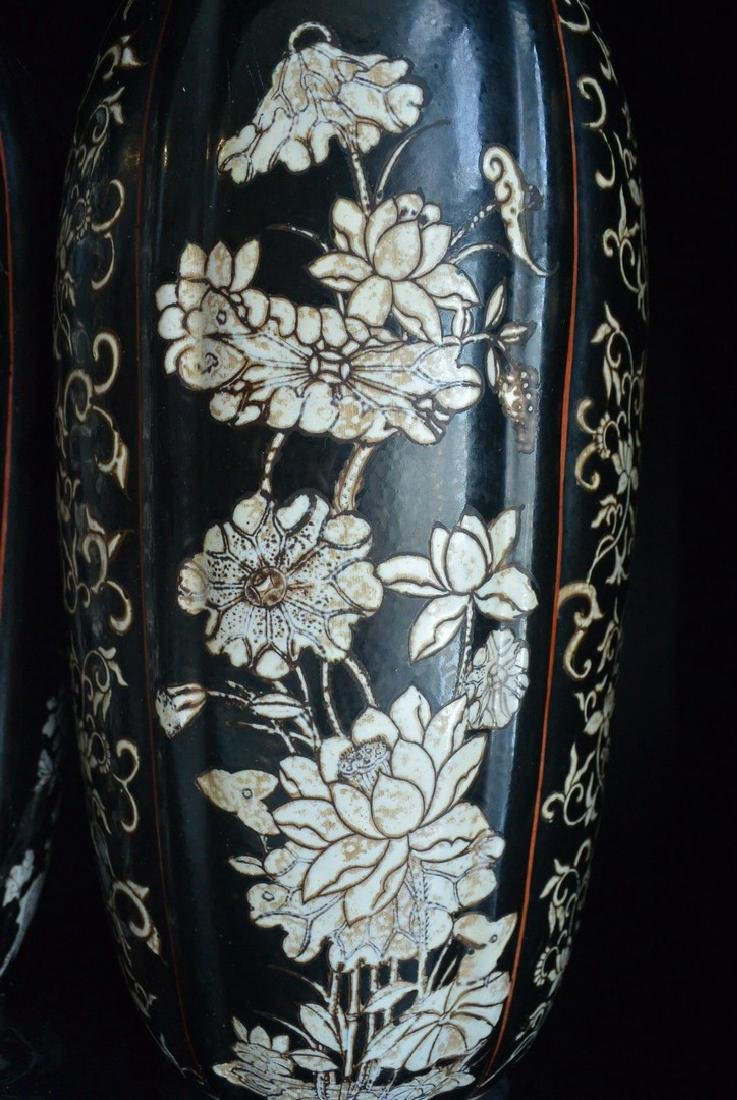 PAIR OF FINELY CHINESE PORCELAIN JARS WITH LID. H:37.2 - 7