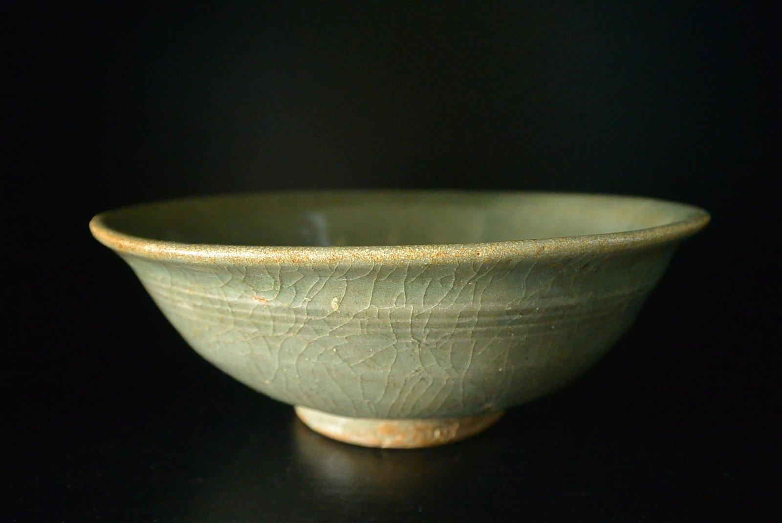 Finely Chinese Porcelain Bowl,  Longquan Kiln Celadon