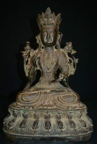 A GILT BRONZE GUANYIN STATUE FIGURE Ming Dynasty