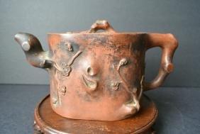 A Qing Dynasty Exquisite Plum Sculpture zisha teapot