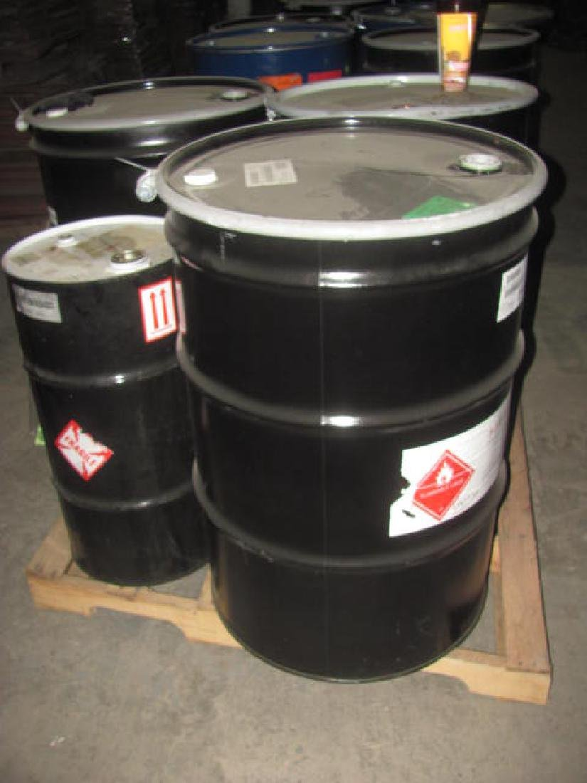 (12) 55 Gallon Drums