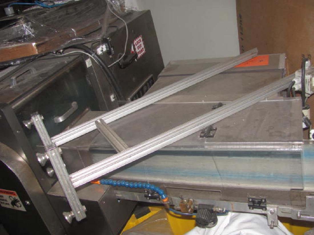 Inverted Wrapping Machine - 8