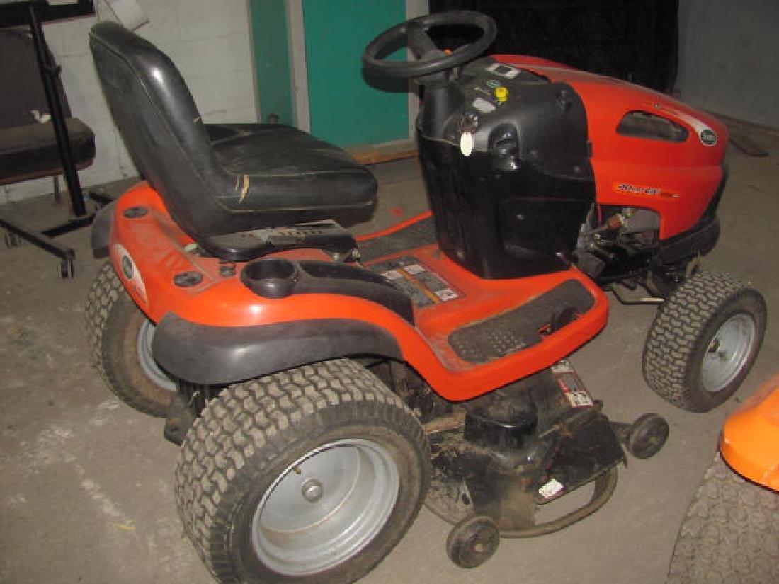 """Scott 20hp 48"""" Garden Tractor - 4"""