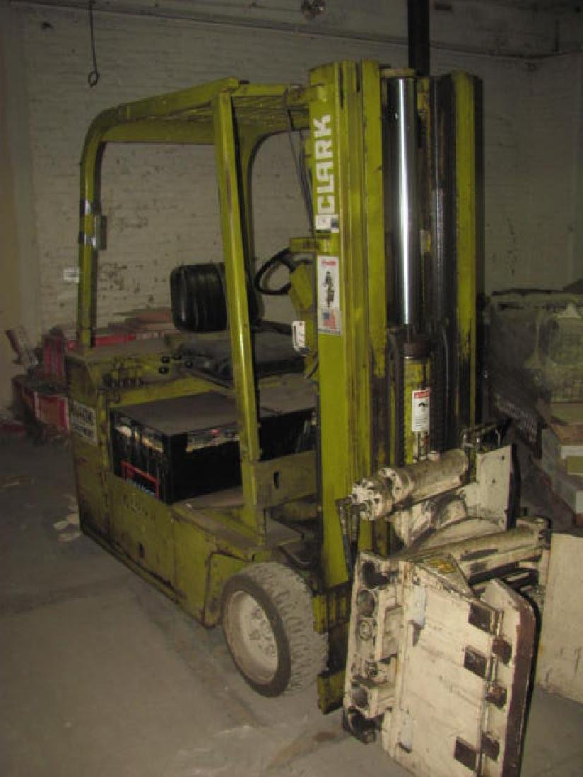 Clark Forklift w/ Drum Grip Grabber