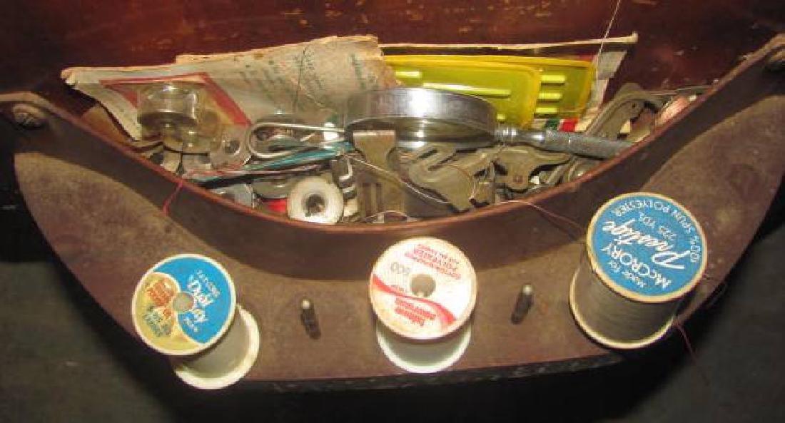 Singer Sewing Machine - 4