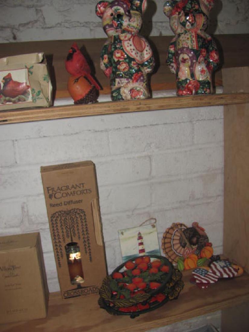 Shelf Lot - 4