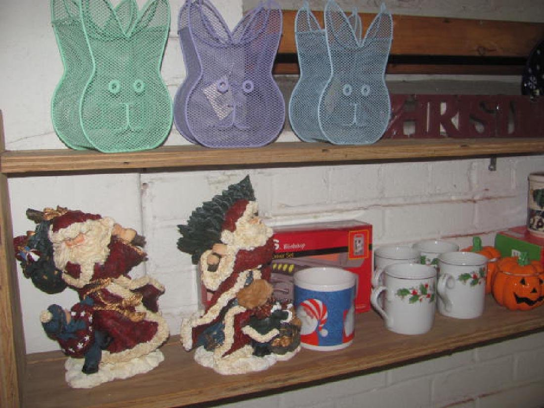 Holiday Shelf Lot - 2
