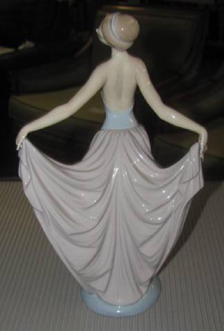 Lladro Woman - 3