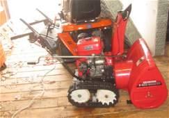 Honda HS828 Snowblower