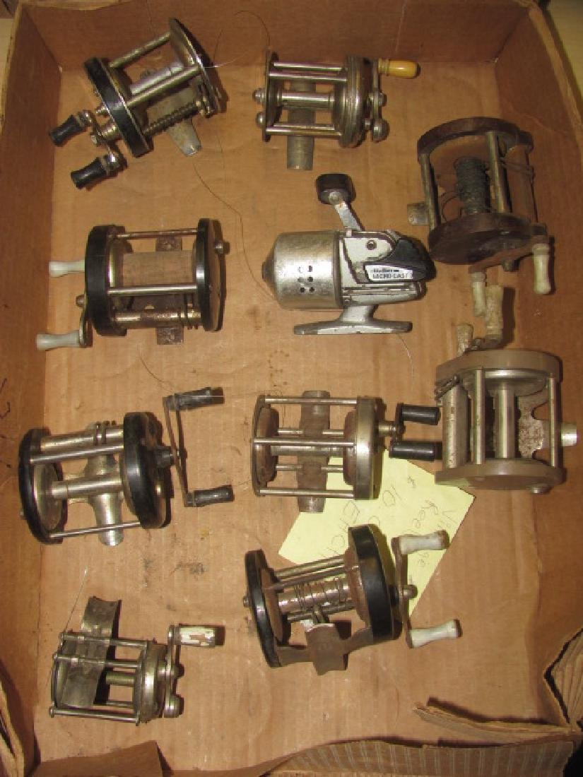 10 Fishing Reels Lot
