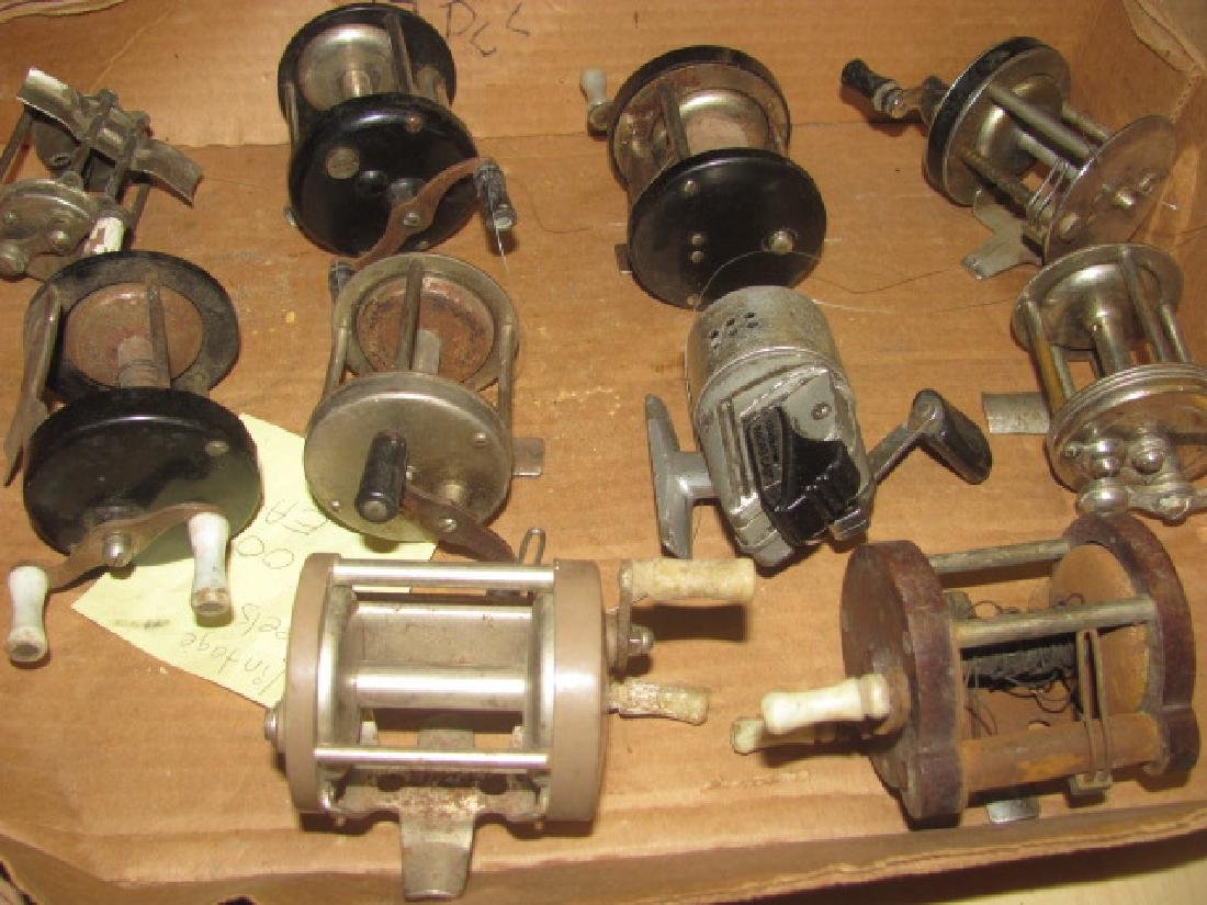 10 Fishing Reels Lot - 4