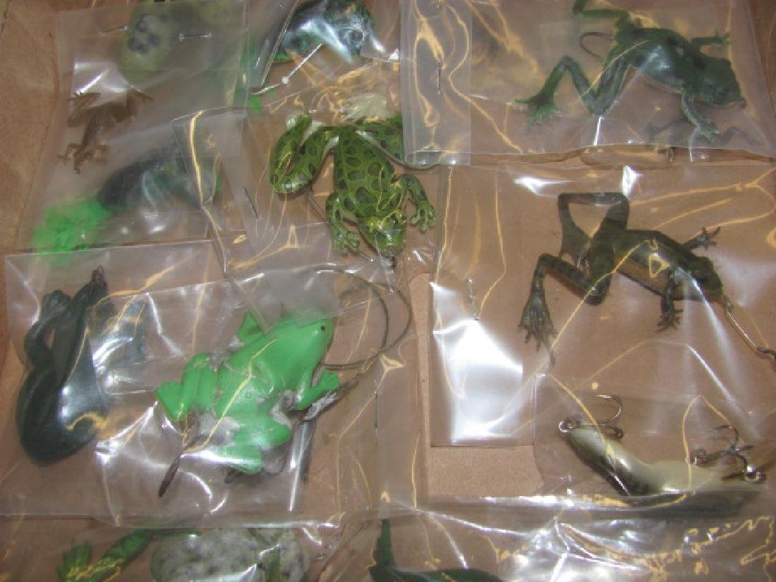 17 Frog Lures - 3