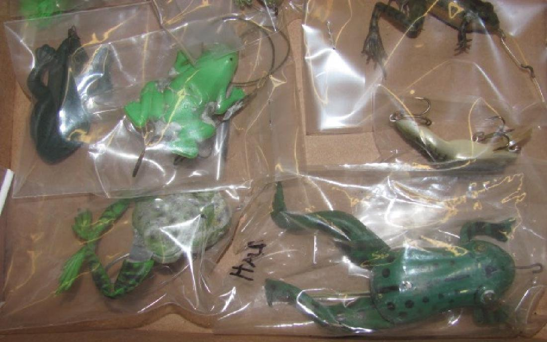 17 Frog Lures - 4