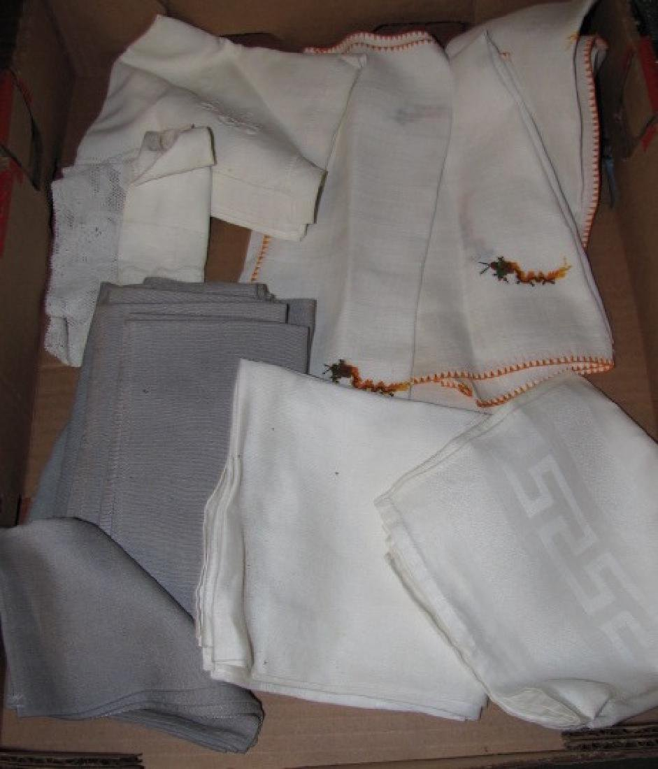 Table Cothes Napkins Linens