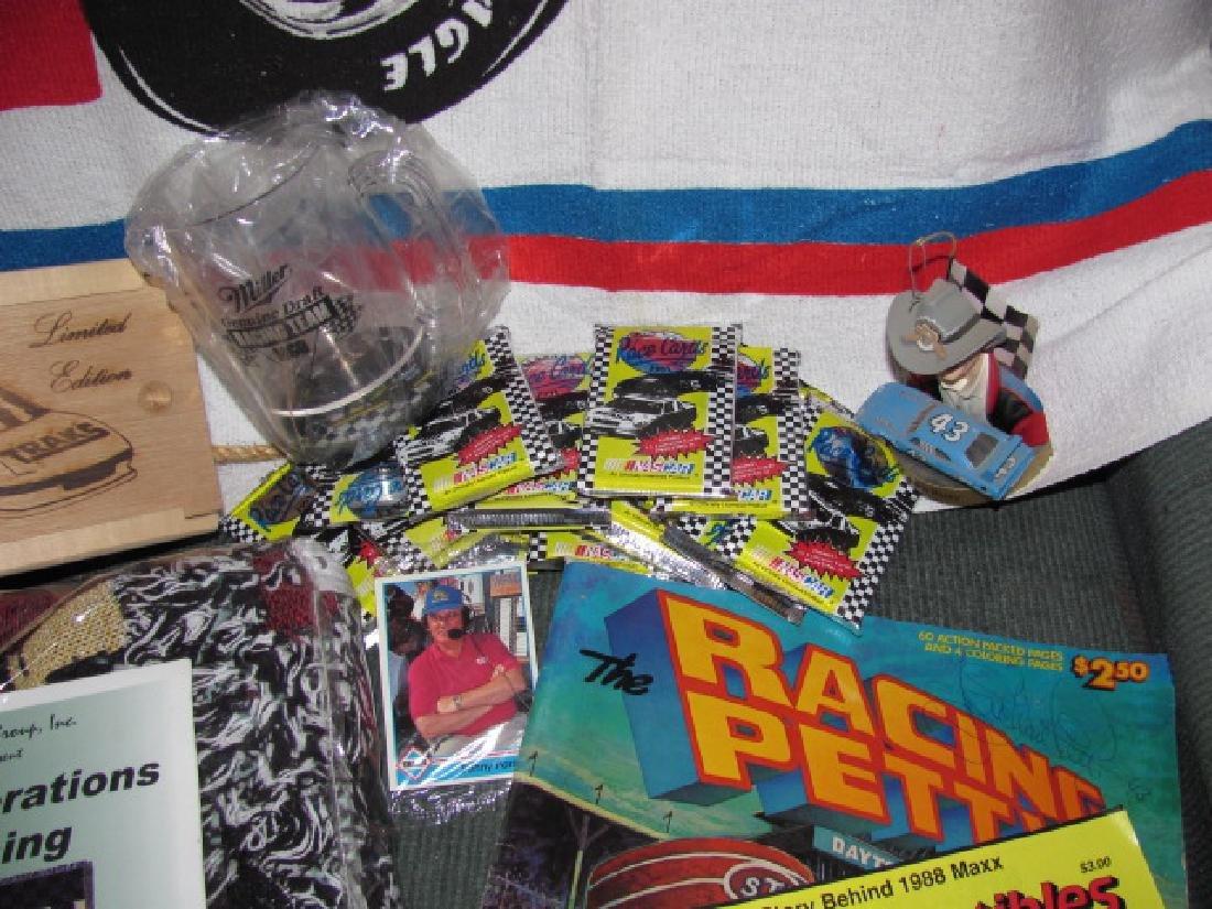 Nascar Lot Richard Petty Towel Cards - 3