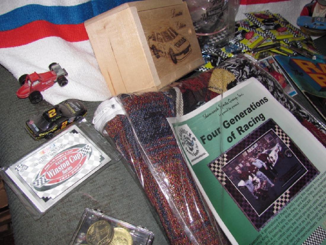 Nascar Lot Richard Petty Towel Cards - 8