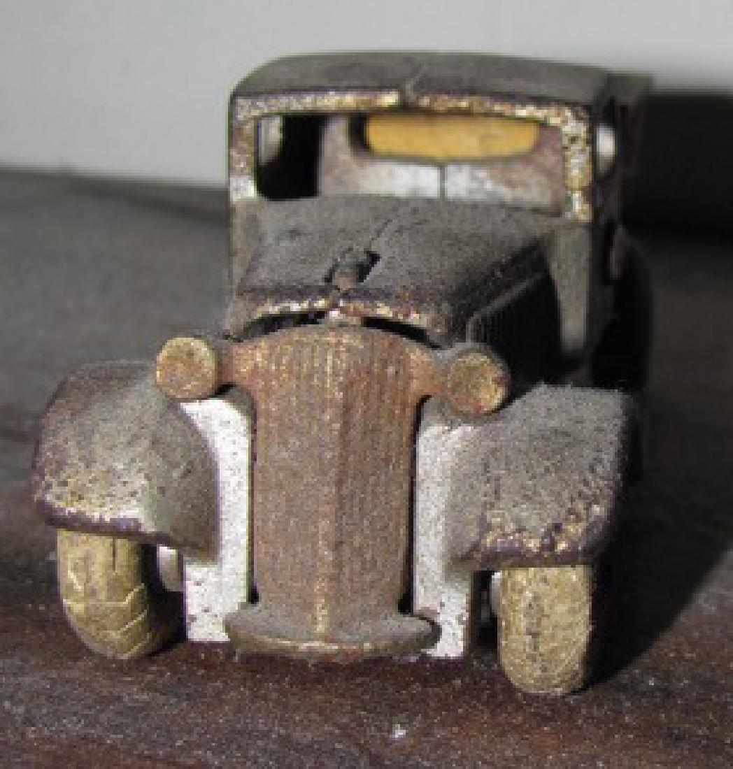 Antique Cast Iron Toy Dump Truck - 3