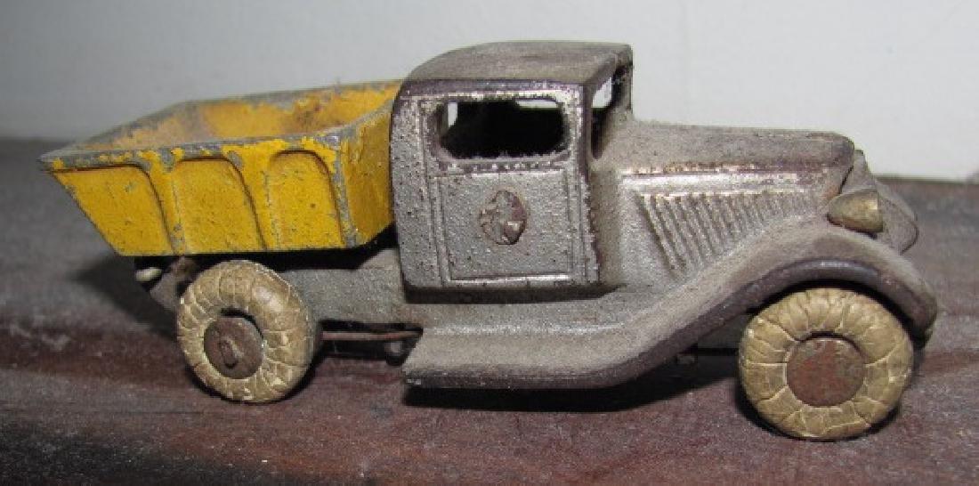 Antique Cast Iron Toy Dump Truck - 4