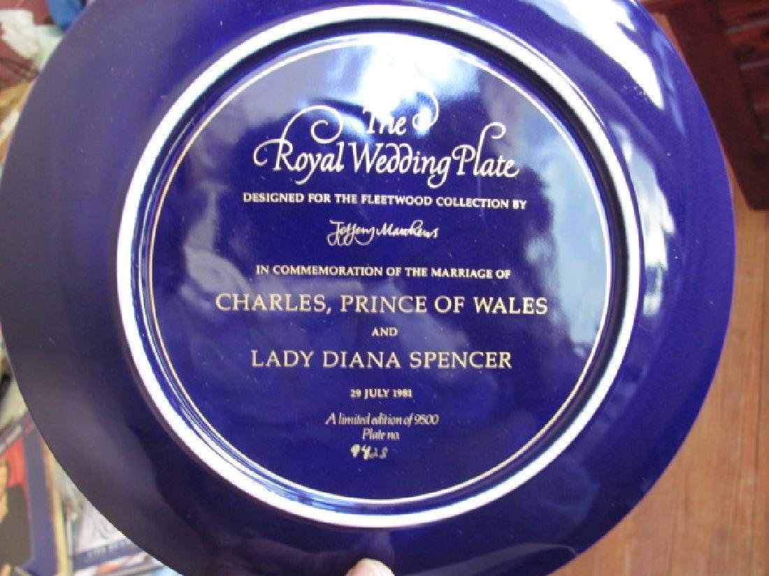 Shelves Royal Wedding Plates - 3