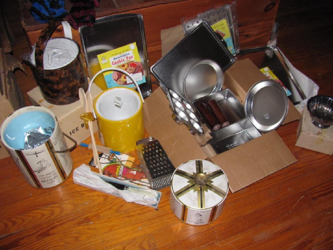 Kitchenware Lot