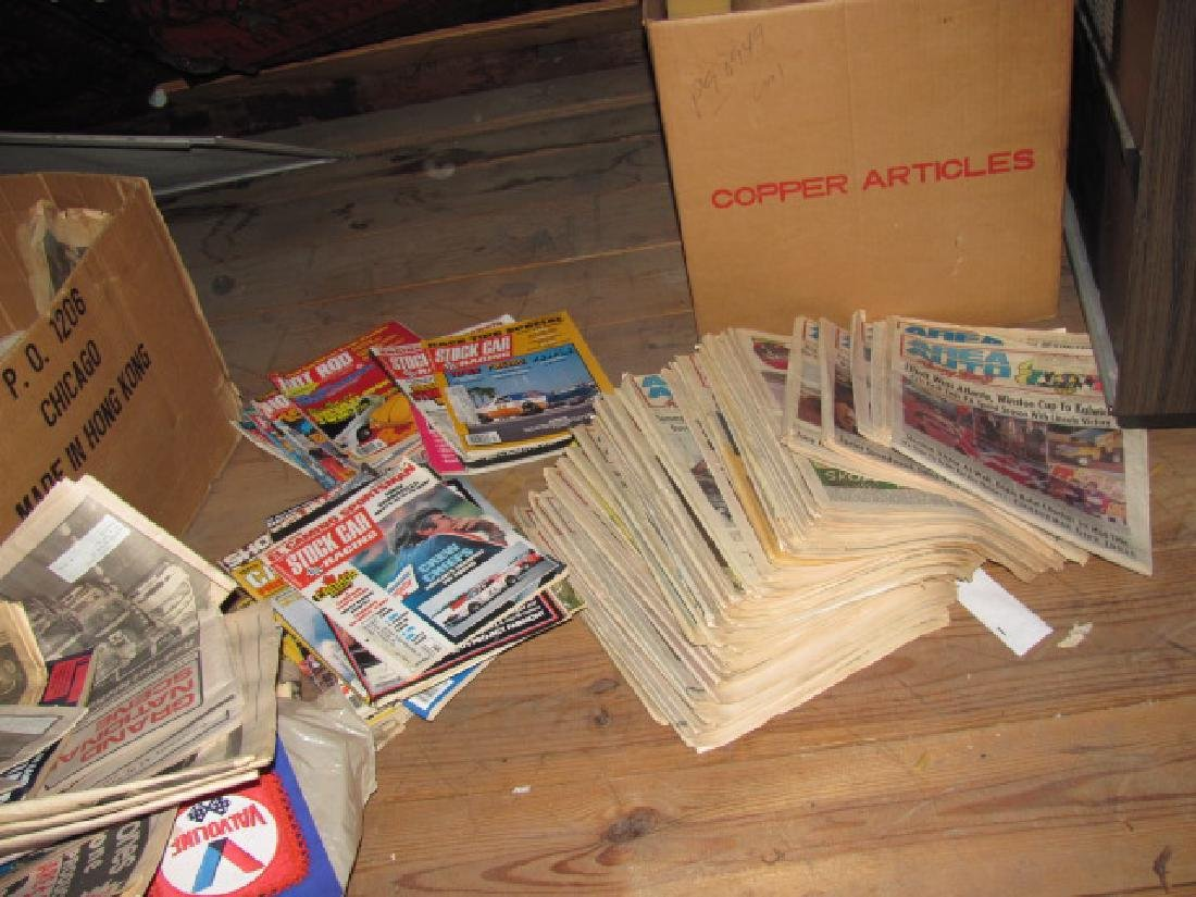 Vintage Racing Papers