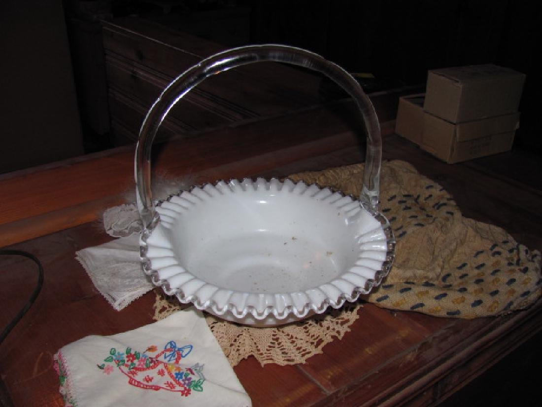 """Fenton 10"""" Basket with applied handle"""