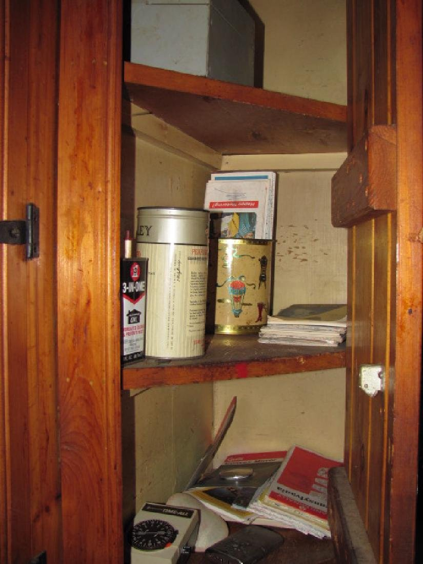 Kitchen Cabinet Lot - 4
