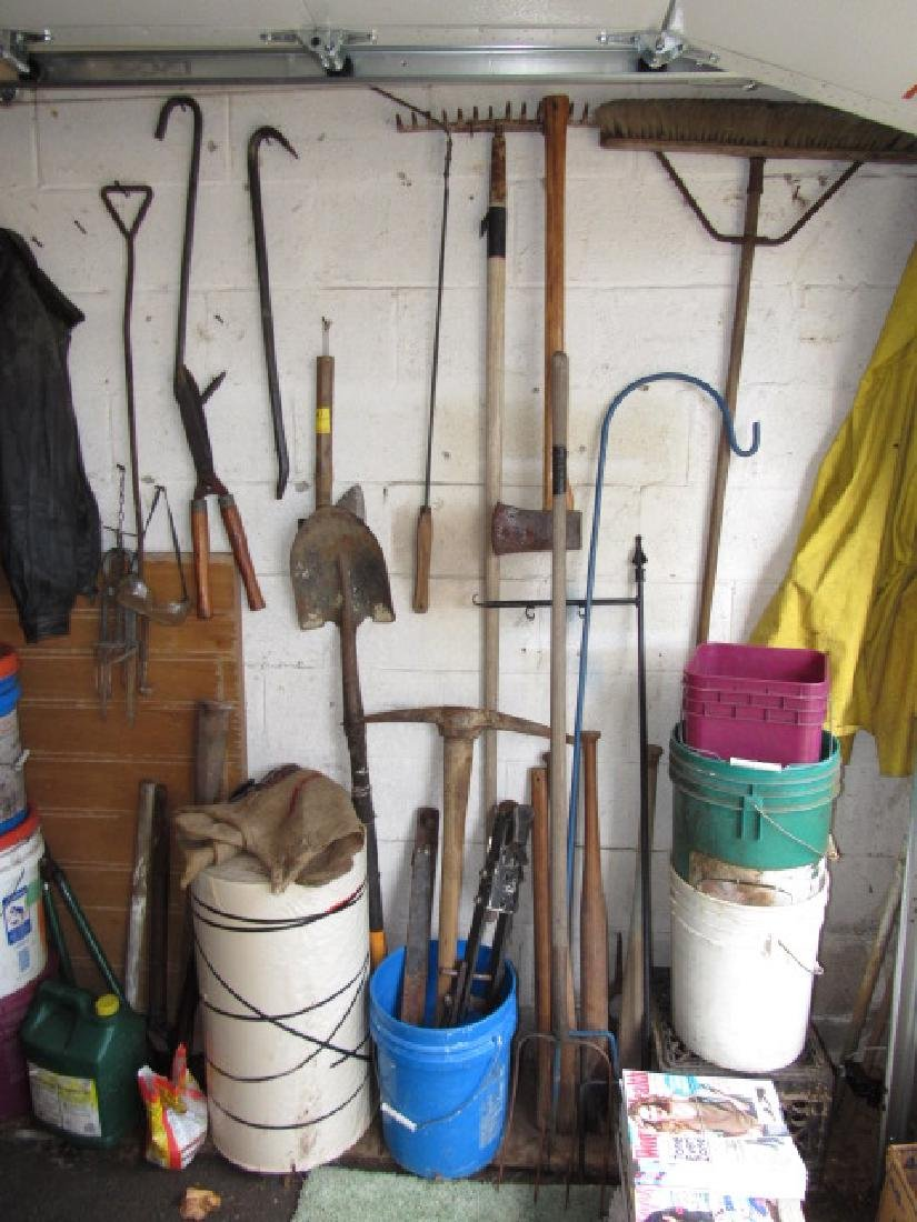 Wall Contents - Hand Tools