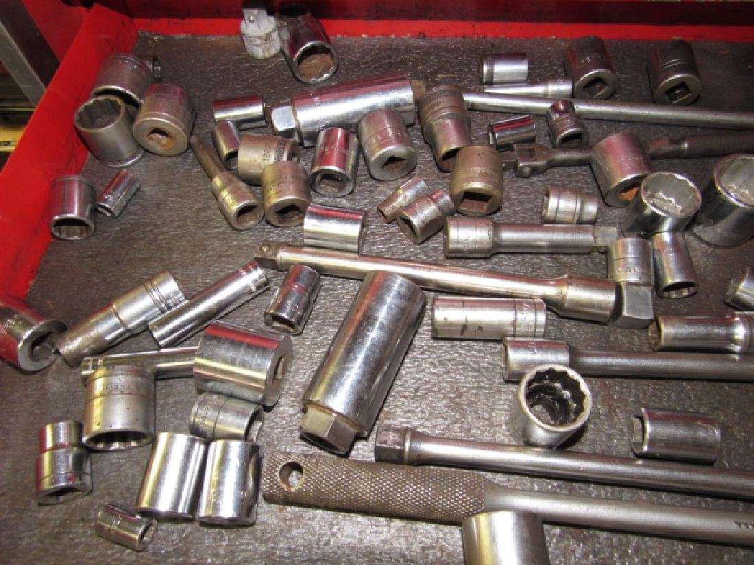 Sockets Breaker Bars Rachet Wrenches - 2