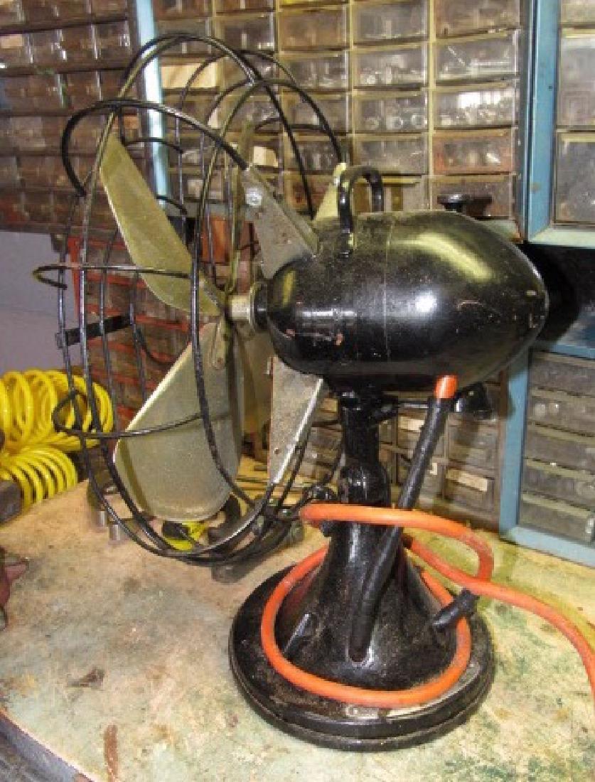 Hunter Fan - 2