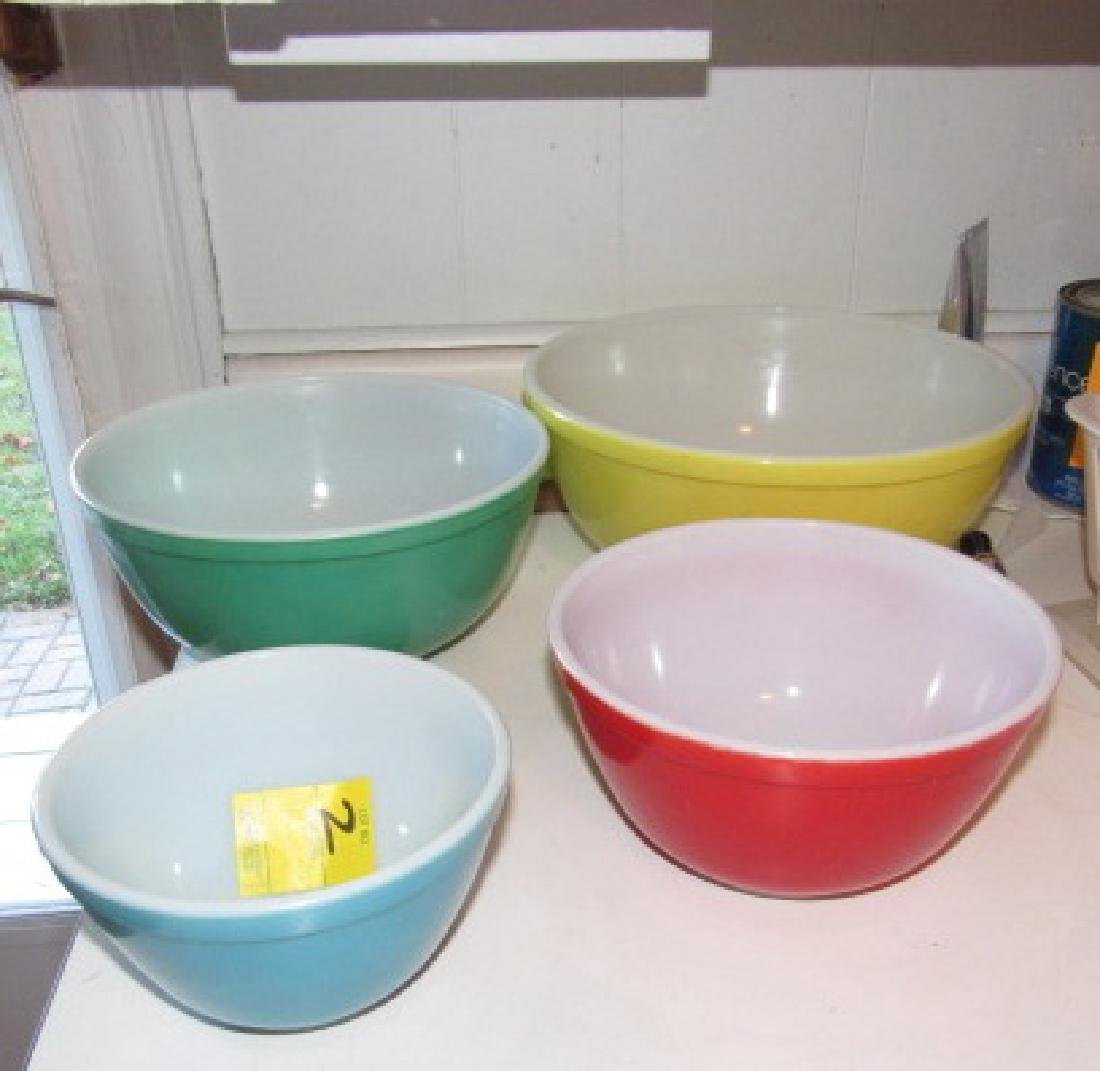 Pyrex Mixing Bowls - 3