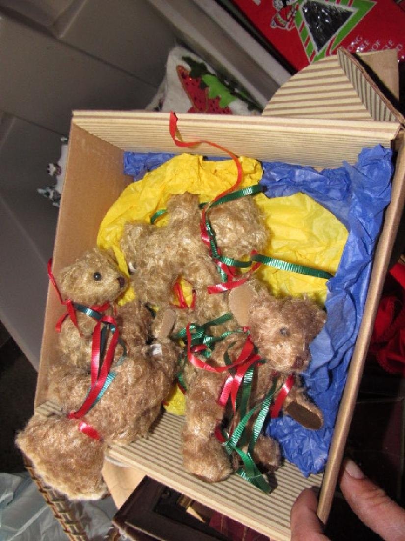 Partial Contents of Attic Crawl Space Christmas - 6