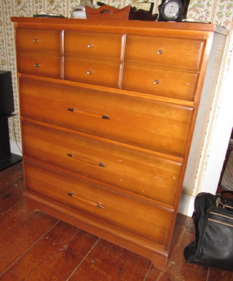 Mid Century Modern Type Dresser