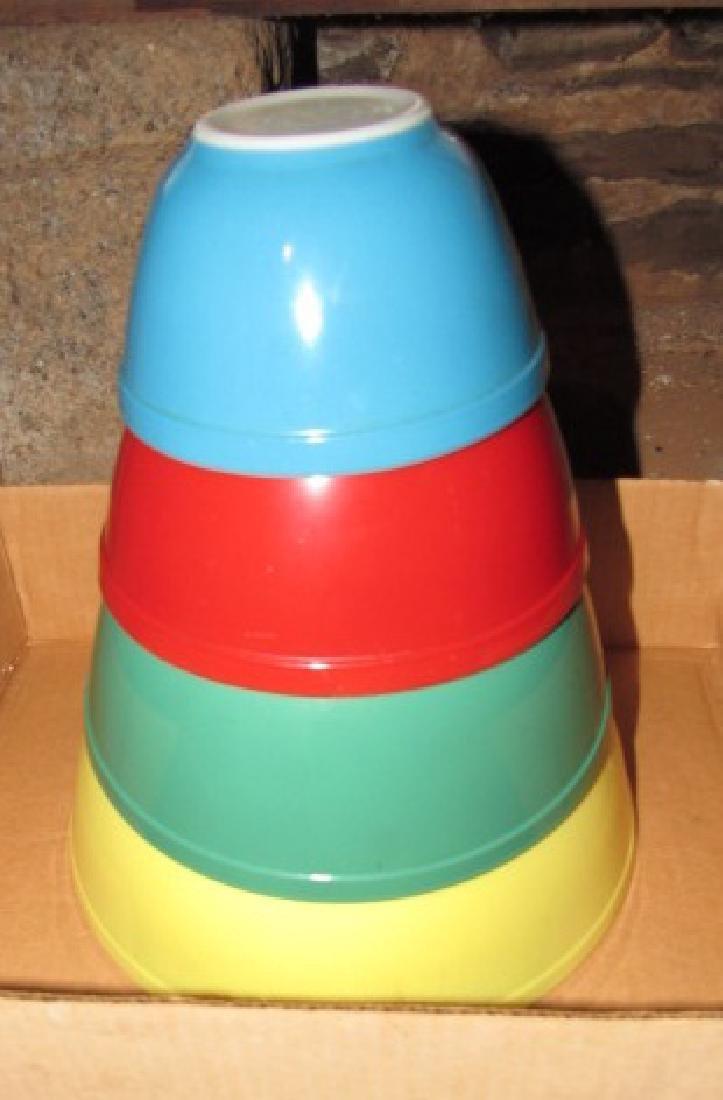 Pyrex Nesting Bowl Mixing Bowl Set - 4