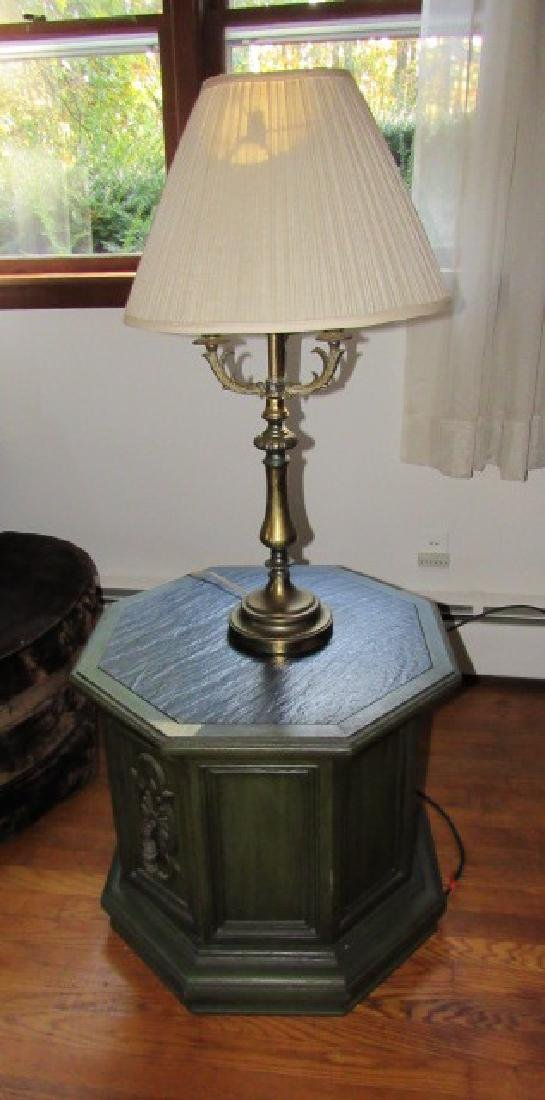 2 Lamp Stands & Lamps