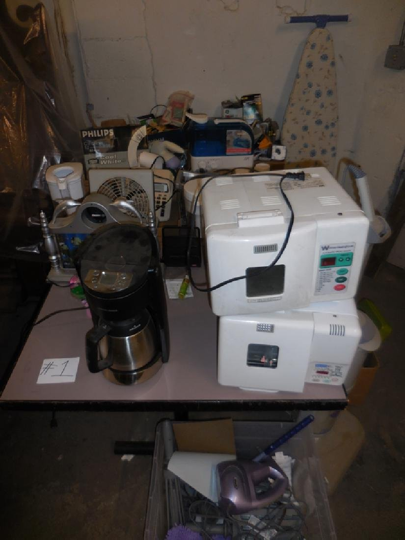 Vacuum, Bread Maker, Humidifier Lot