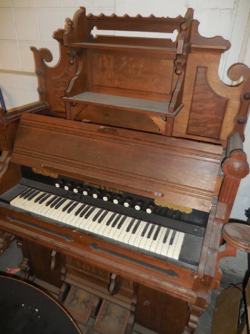 Mason & Hamlin Pump Organ
