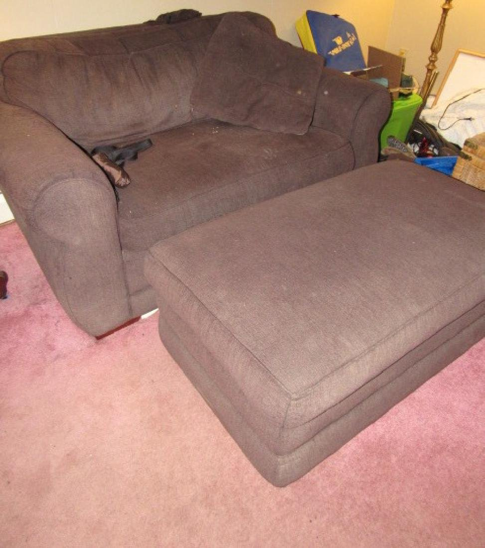 Loveseat & Hassock
