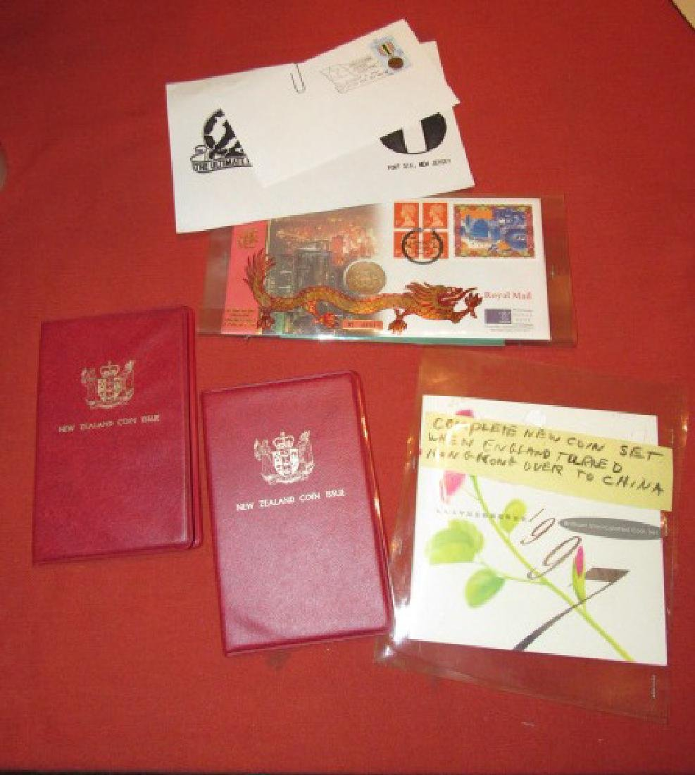 Foreign Coin Sets China Bew Zealand