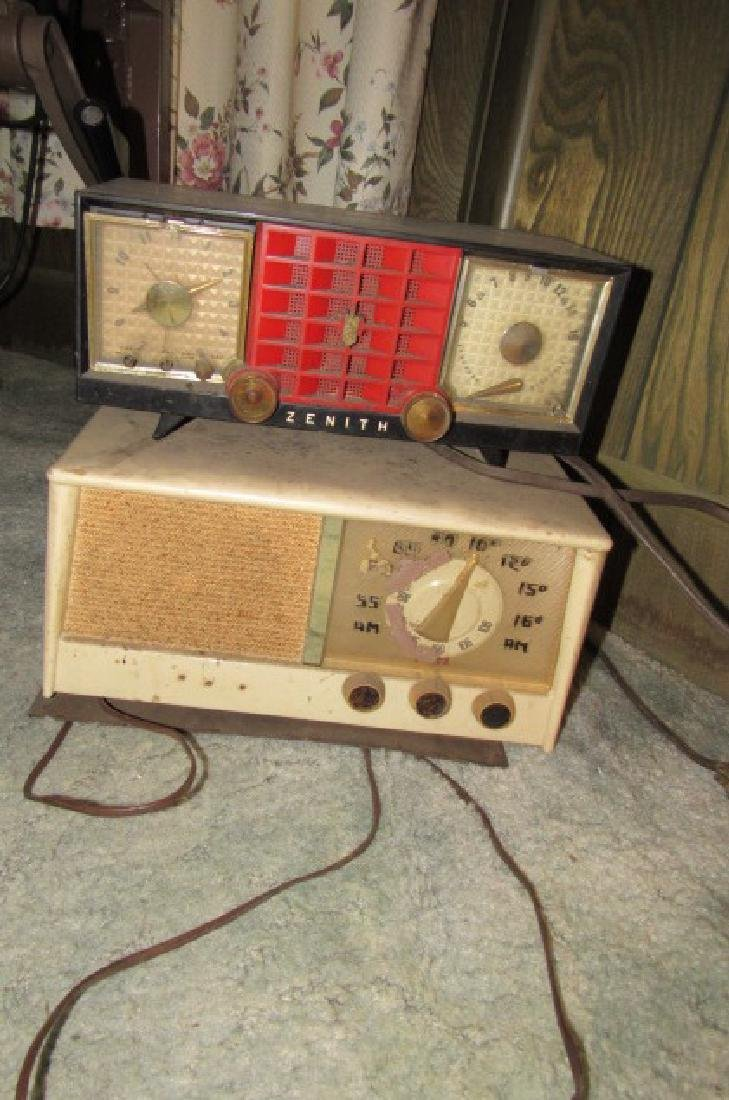 Zenith & Philco Radio Lot