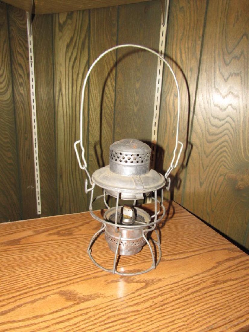 Adlake El Kero Railroad Lantern