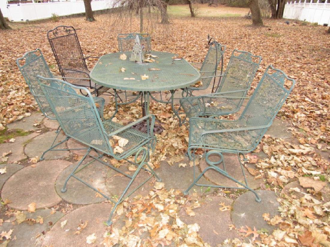 Metal Patio Table & 7 chairs