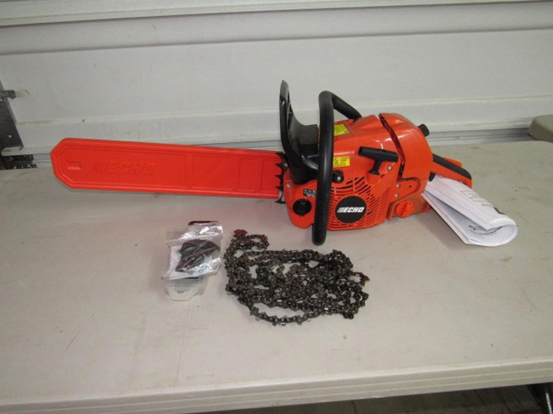 "Echo CS-590 Chainsaw w/ 18"" bar"
