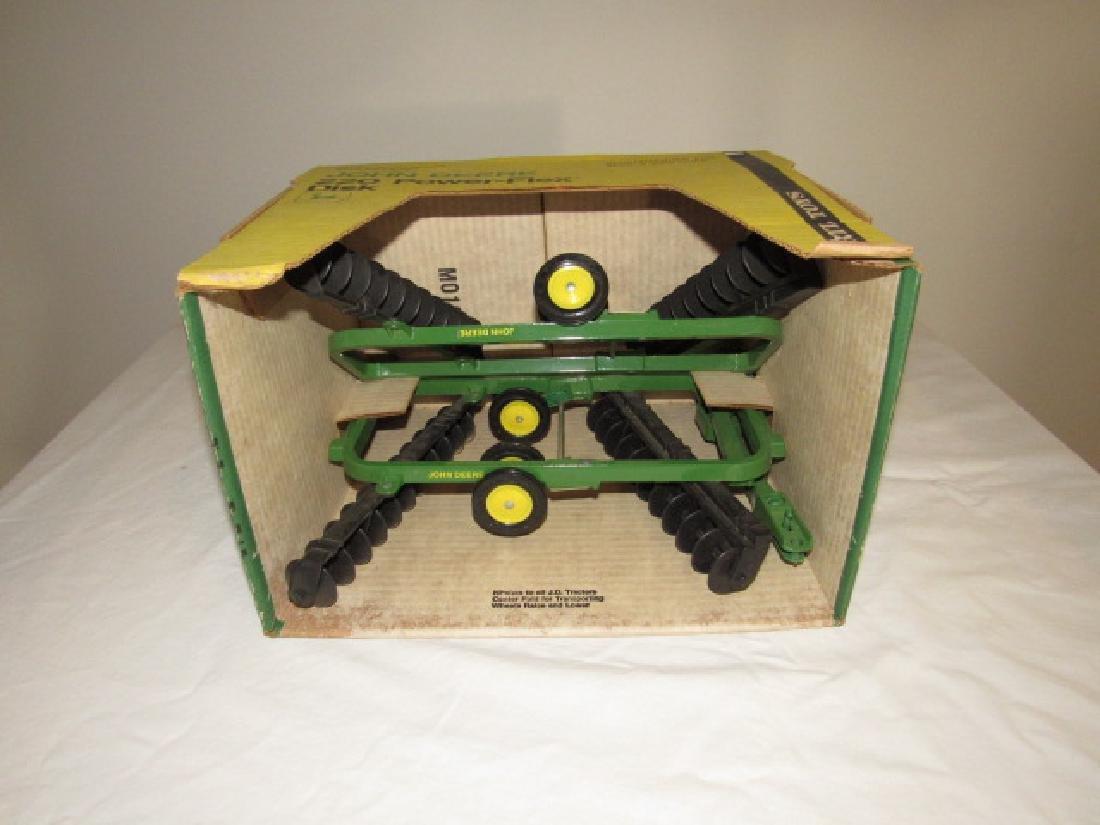 Ertl John Deere 220 Power-Flex Disk Toy