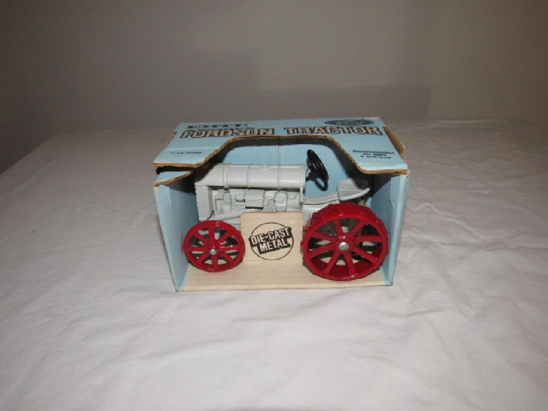 Ertl Fordson Antique Tractor w/ Box