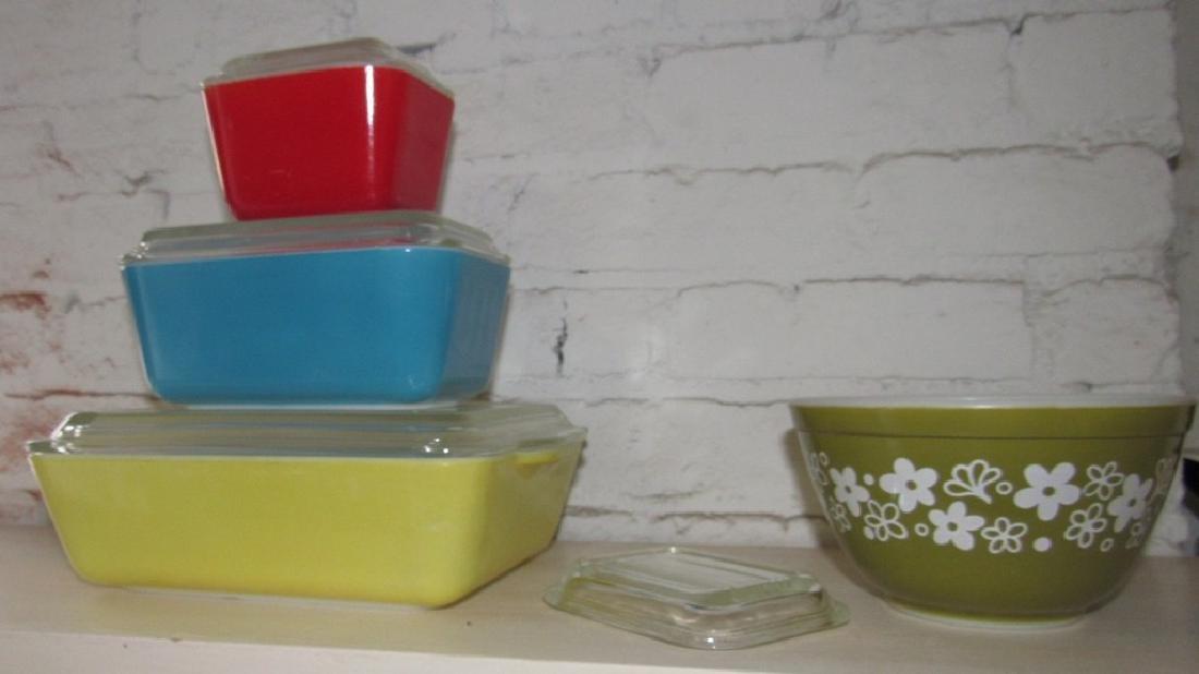 Pyrex Refridgerator Dishes & Mixing Bowl